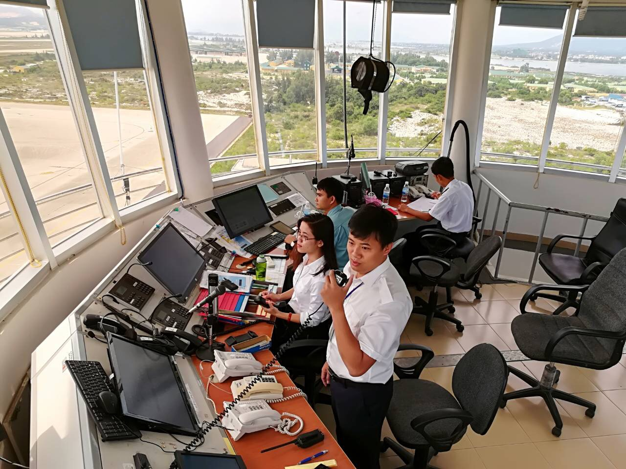 Áp dụng phương thức điều hành bay mới tại sân bay Cam Ranh - Ảnh 1.