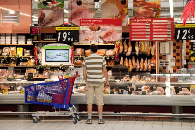 EU trừng phạt mạnh tay các hãng thực phẩm gian dối về chất lượng - Ảnh 1.