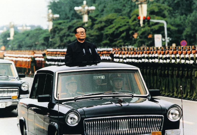 Khi Hồng Kỳ - xe hơi sang chở lãnh đạo Trung Quốc - lép vế trước BMW, Audi... - Ảnh 4.