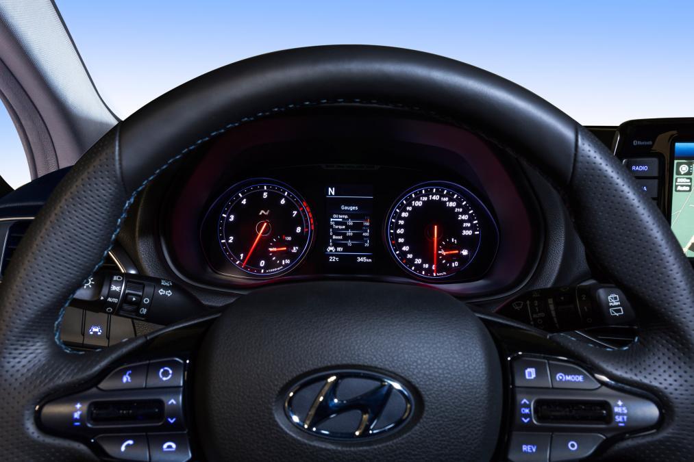 Ngắm i30 N - xe Hyundai đối thủ của Honda Civic - Ảnh 4.