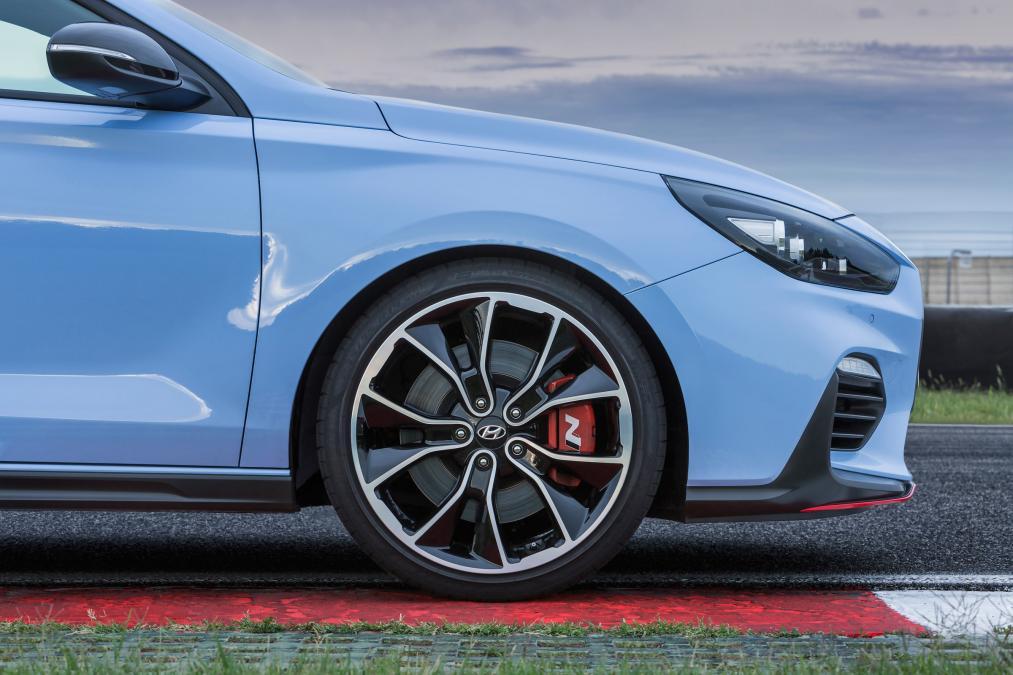 Ngắm i30 N - xe Hyundai đối thủ của Honda Civic - Ảnh 6.