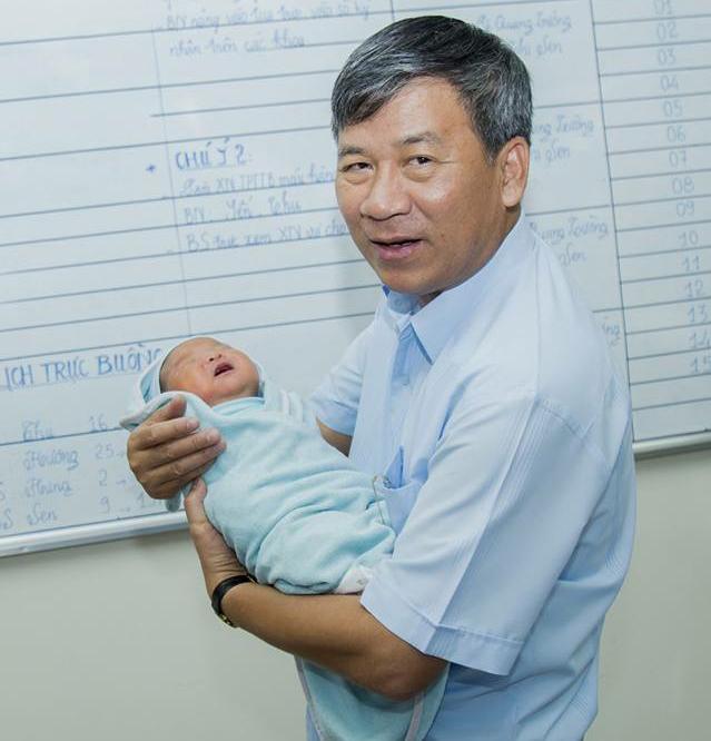 Bác sĩ Nguyễn Anh Trí: một đời y đức không ngơi nghỉ - Ảnh 11.