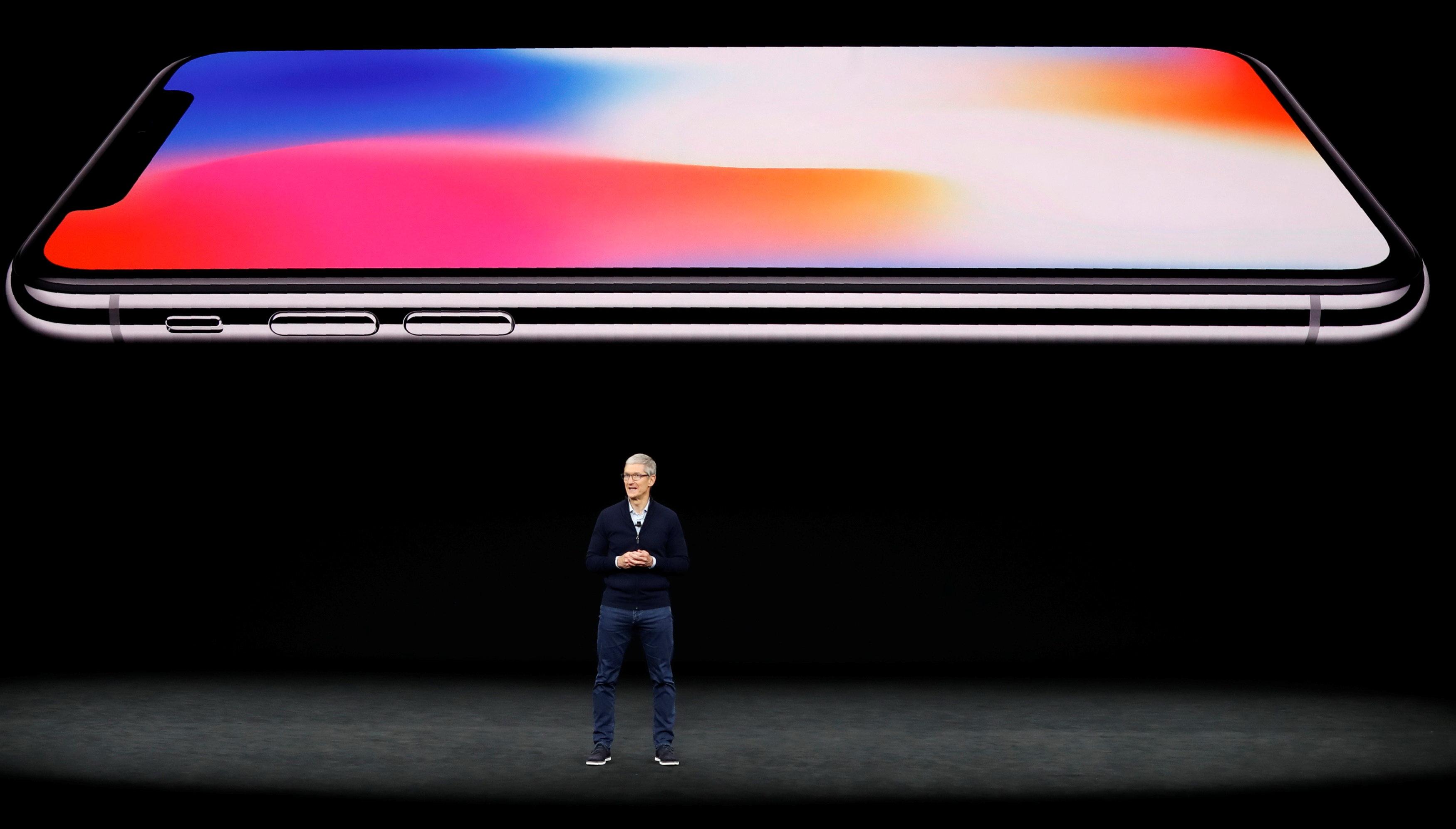 Người dùng cho rằng iPhone X quá đắt đỏ - Ảnh 4.