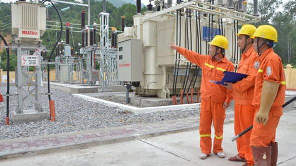 Dự báo thiếu điện, tìm chưa ra 10 tỉ đô đầu tư mỗi năm - Ảnh 1.