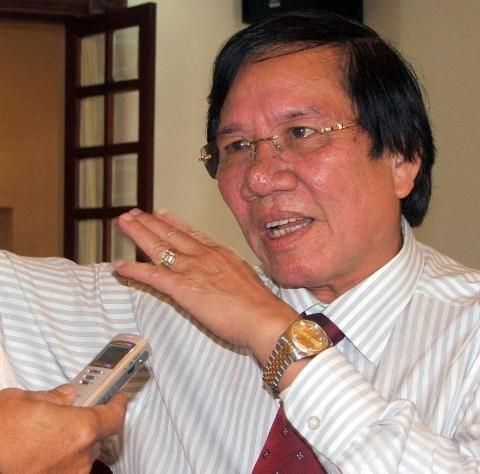 Khởi tố nguyên chủ tịch Tập đoàn cao su Lê Quang Thung - Ảnh 1.