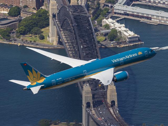 Trong 9 tháng, Vietnam Airlines đạt doanh thu hơn 65000 tỉ đồng - Ảnh 1.