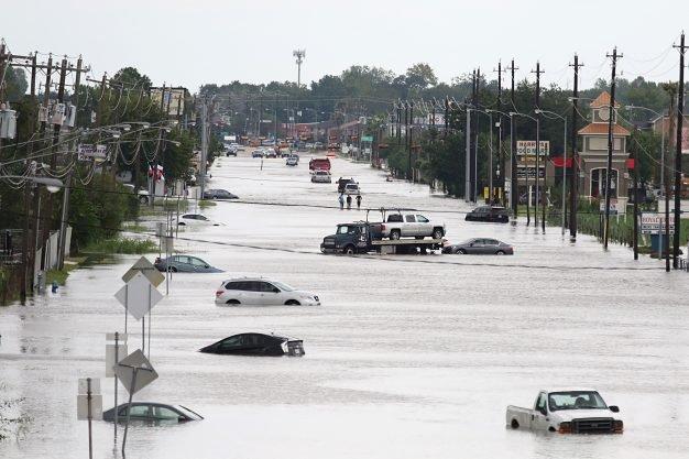 6 điều quan trọng cần làm khi xe bị ngập nước - Ảnh 3.