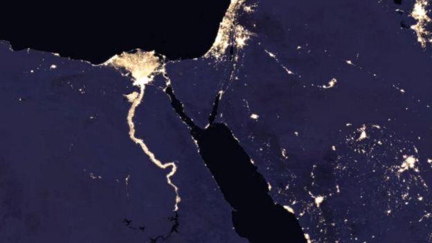Ô nhiễm ánh sáng, nhiều quốc gia không còn ban đêm - Ảnh 3.