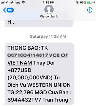 Tội phạm có thể giả cả tin nhắn của ngân hàng? - Ảnh 1.