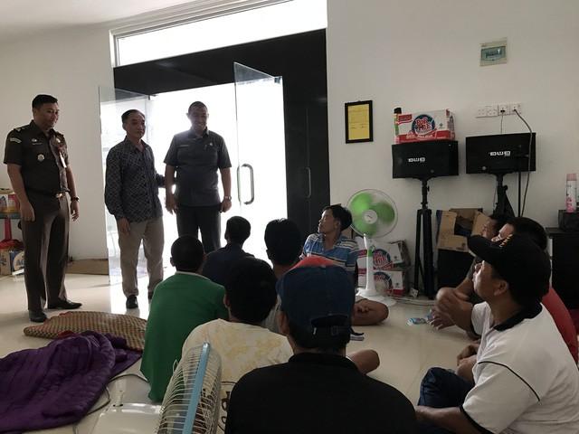 Gửi công hàm cho Tòa án tối cao Indonesia vụ 5 ngư dân kêu oan - Ảnh 1.
