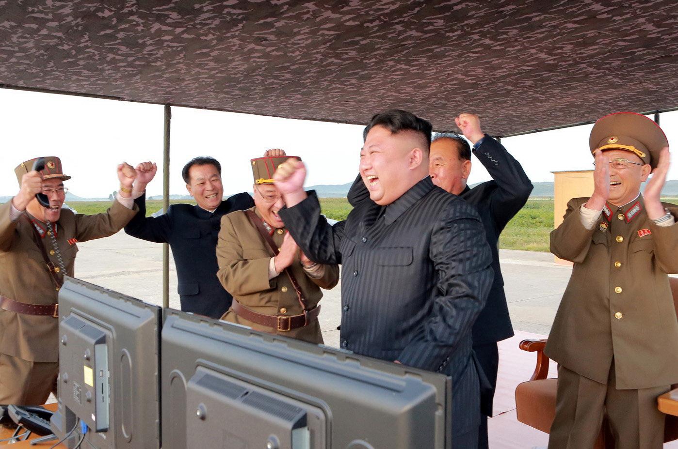Mỹ lại bàn 'phương án quân sự' đối phó Triều Tiên - Ảnh 4.