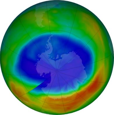Vì sao lỗ hổng tầng ozone tập trung ở Nam Cực? - Ảnh 2.