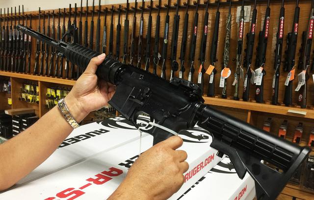 Ở Nevada mua súng dễ hơn mua rau - Ảnh 2.