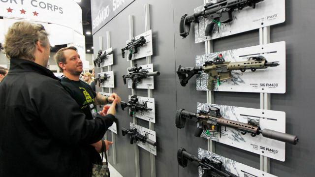 Ở Nevada mua súng dễ hơn mua rau - Ảnh 3.
