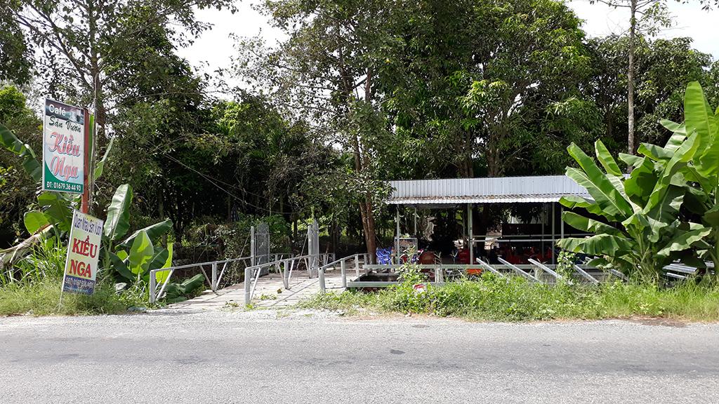 Đôi nam nữ cùng chết trong chòi lá quán cà phê - Ảnh 2.