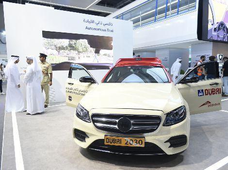 Dubai thử nghiệm dịch vụ taxi không người lái - Ảnh 1.