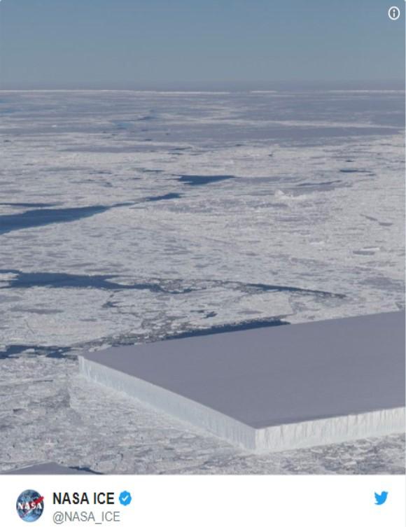 Bất ngờ với tảng băng đẹp kỳ lạ ở Nam Cực - Ảnh 1.