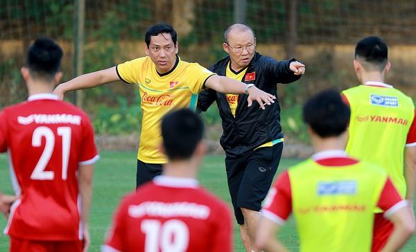 Công Phượng ghi bàn giúp đội tuyển VN thắng Seoul FC 2-1 - Ảnh 1.