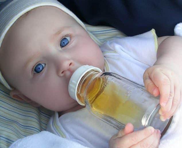 Chăm sóc bé bị tiêu chảy do Rotavirus tại nhà - Ảnh 1.