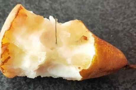 Lại thấy kim trong trái lê của Úc - Ảnh 1.