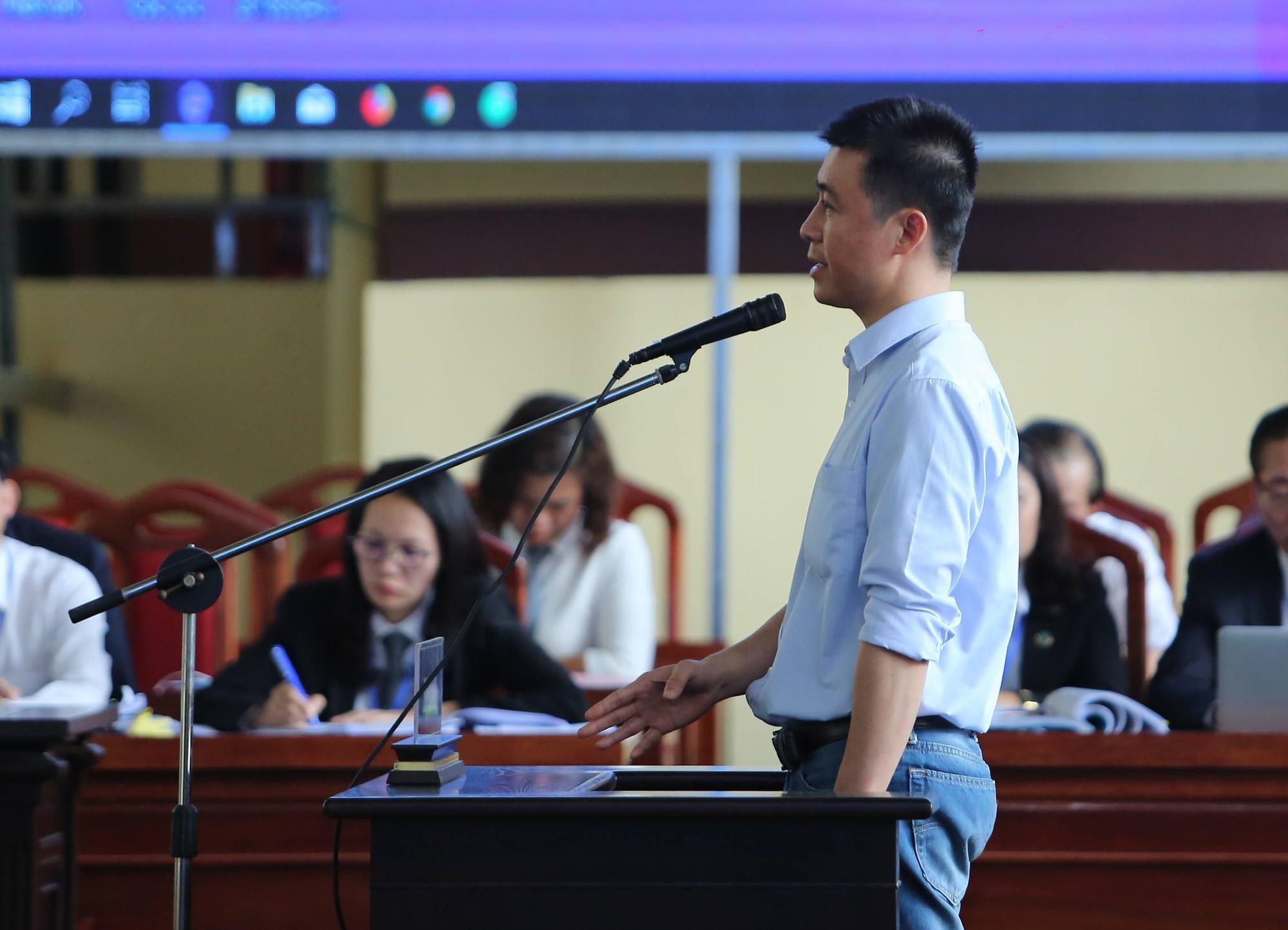 Phan Sào Nam khai thu lợi 1.500 tỉ nhờ đánh bạc - Ảnh 1.