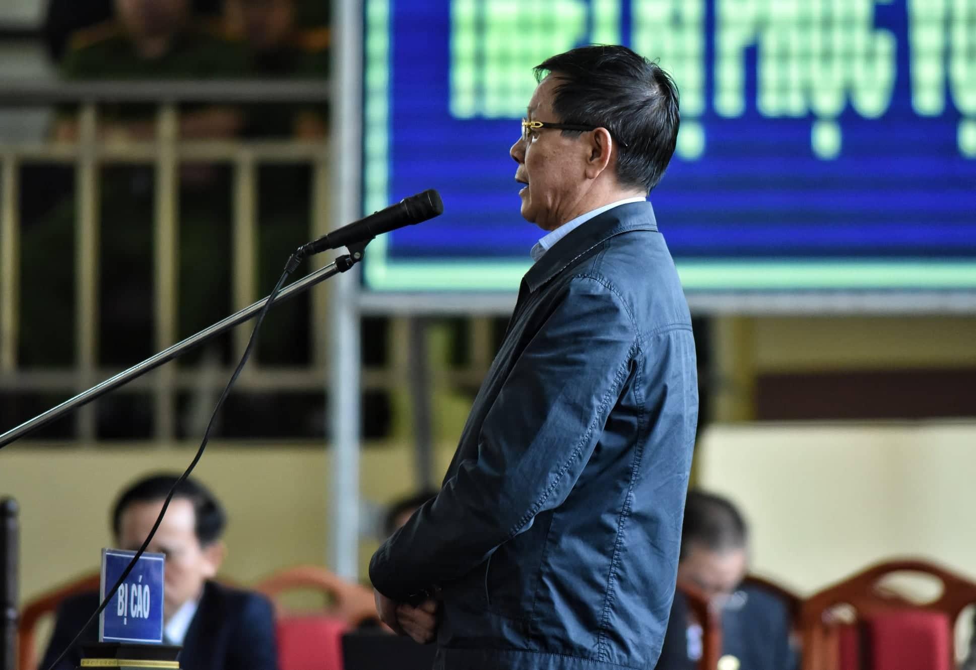 Ông Phan Văn Vĩnh khai bán cây cảnh 1,1 tỉ mua đồng hồ Rolex - Ảnh 1.
