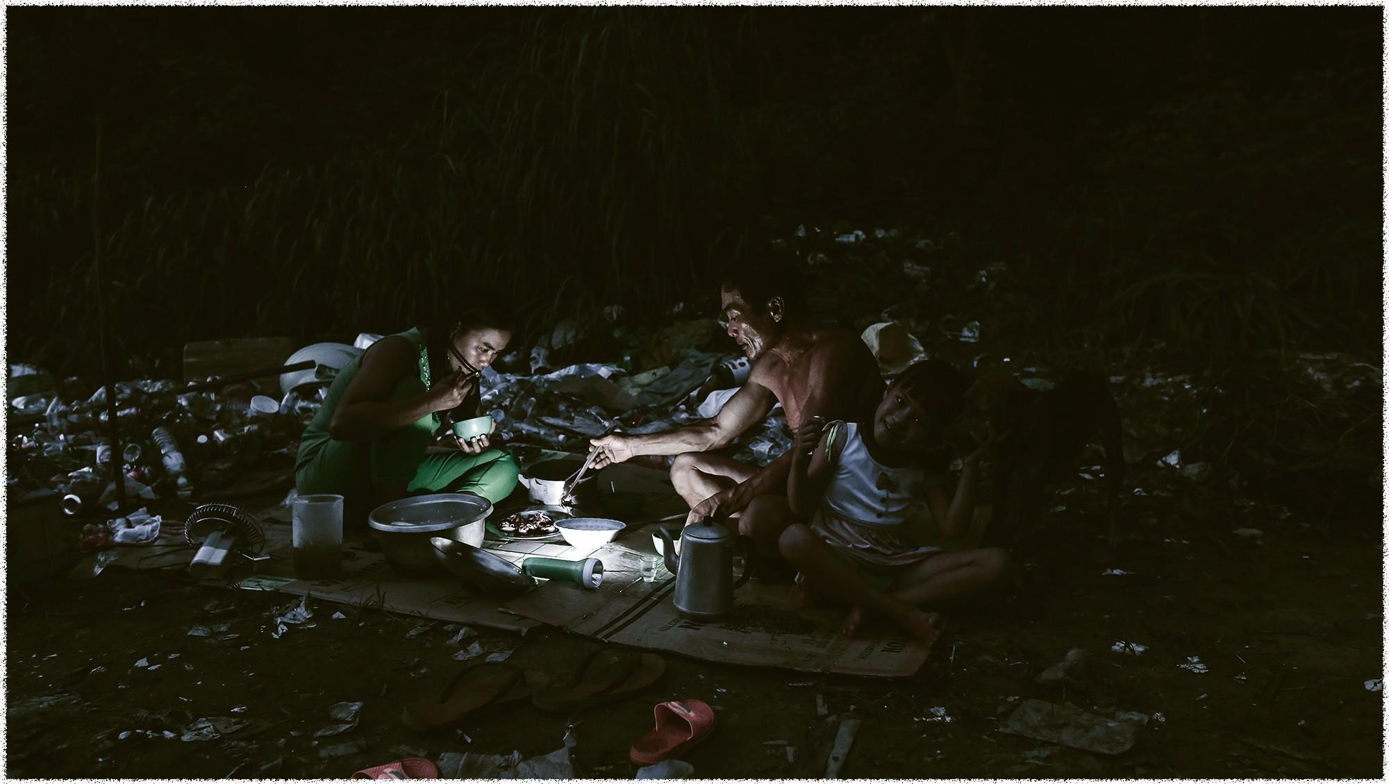 Những đứa trẻ du mục ở đảo ngọc - Ảnh 10.