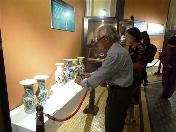 Giới thiệu hơn 130 cổ vật quý mang đậm dấu ấn lịch sử văn hóa Việt Nam - Ảnh 1.