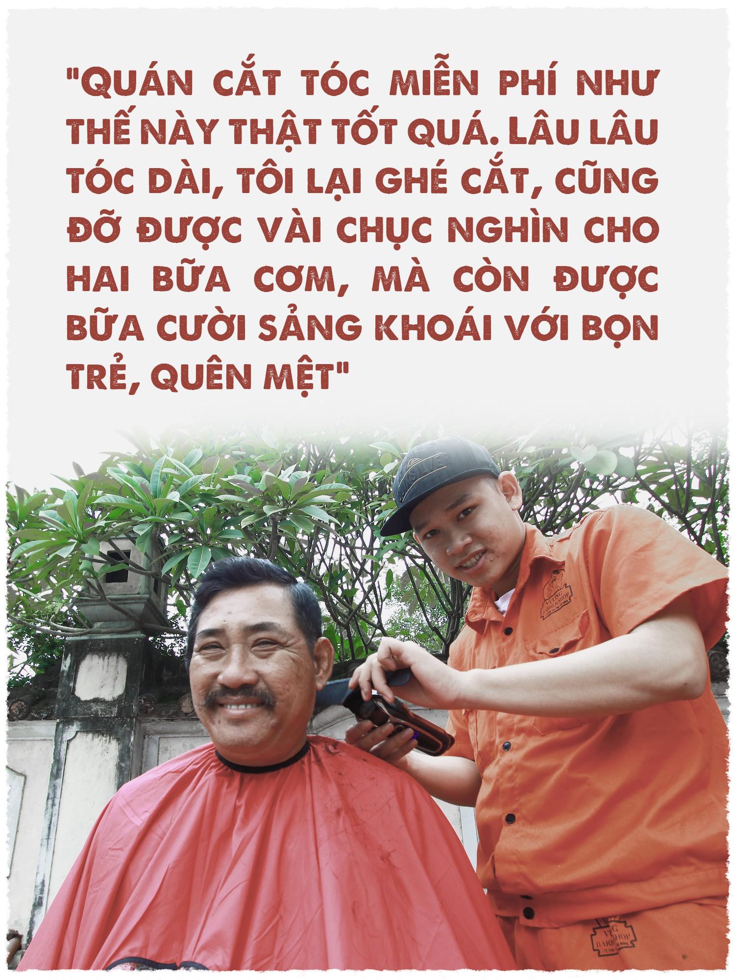 Cắt tóc đổi nụ cười trên vỉa hè Đà Nẵng - Ảnh 6.