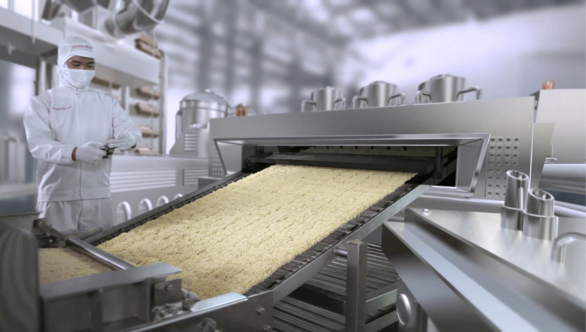 Mì ăn liền hiện đại đang được sản xuất như thế nào? - Ảnh 4.