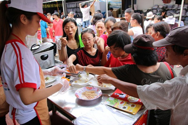 27/12: Khai mạc Hội chợ Xúc tiến tiêu dùng năm 2018 - Ảnh 1.