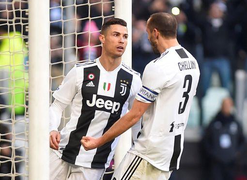 Ronaldo lập cú đúp, Juventus vững vàng đỉnh bảng - Ảnh 3.