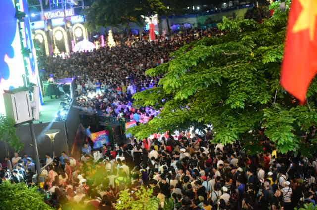 23h15, Tuổi Trẻ truyền hình trực tiếp lễ hội chào năm mới 2019 tại TP.HCM, Đà Nẵng, Hà Nội - Ảnh 13.