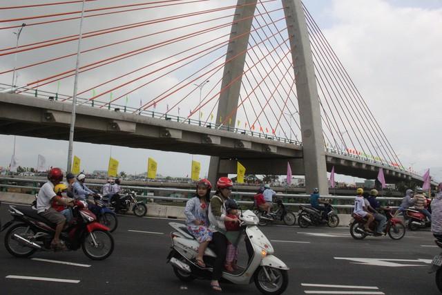 Lại tai nạn chết người trên cầu vượt ngã 3 Huế ở Đà Nẵng - Ảnh 2.