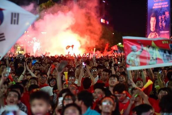 Sang Malaysia cổ vũ đội tuyển, cần lưu ý - Ảnh 1.