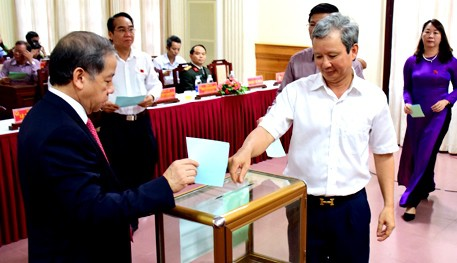 3 giám đốc sở của Thừa Thiên - Huế ít được tín nhiệm cao - Ảnh 1.