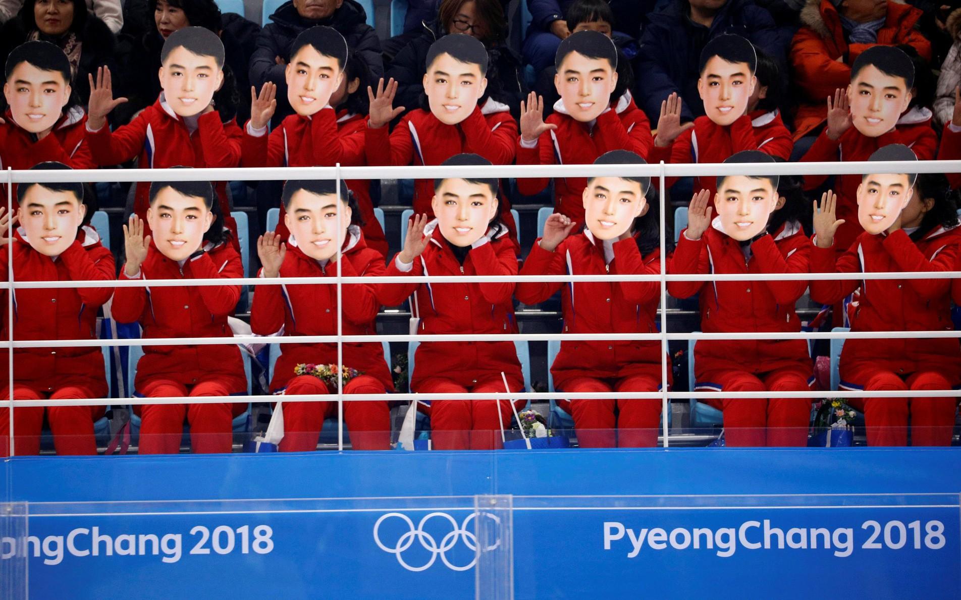Thế giới trong tuần qua ảnh: Triều Tiên cử vận động viên tham dự Olympic ở Hàn Quốc