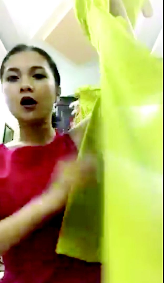 Livestream bán hàng trên mạng: nghề hot cho MC trẻ đẹp - Ảnh 3.