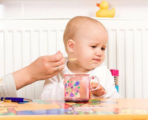 Kết quả hình ảnh cho trẻ biếng ăn
