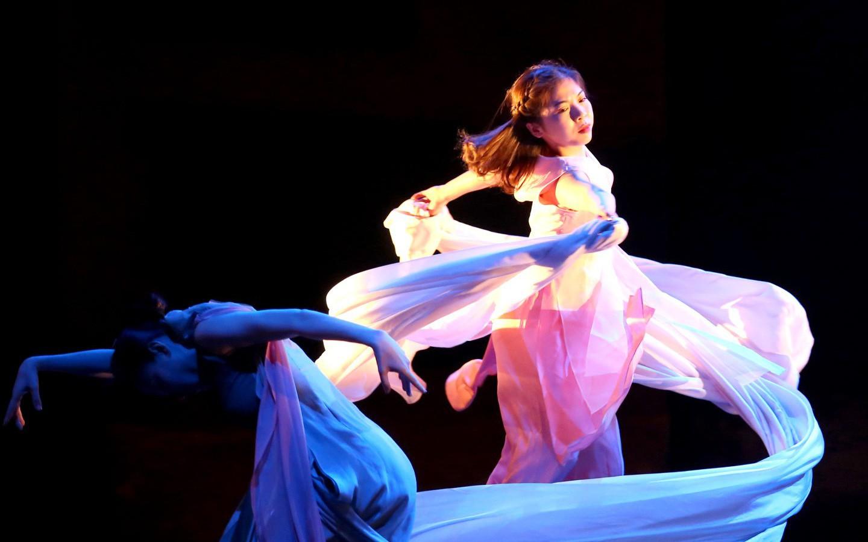 Xem múa Kiều người Hàn dựng, nghĩ về thân phận cô dâu Việt