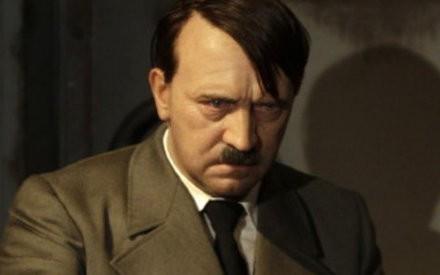 Trùm phát xít Hitler có thật đã tự sát trong hầm ngầm?