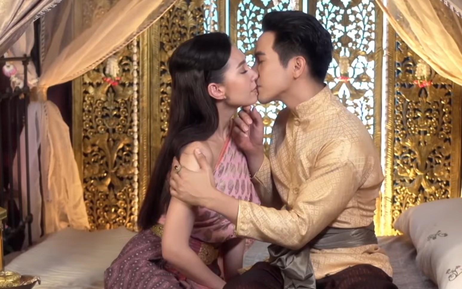 Nhân duyên tiền định và lý do Thủ tướng Thái phải gặp đoàn phim