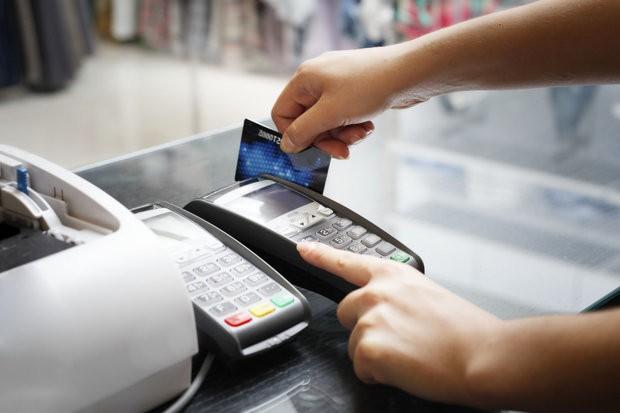 POS hóa các dịch vụ công để loại bỏ tiền mặt - Ảnh 1.