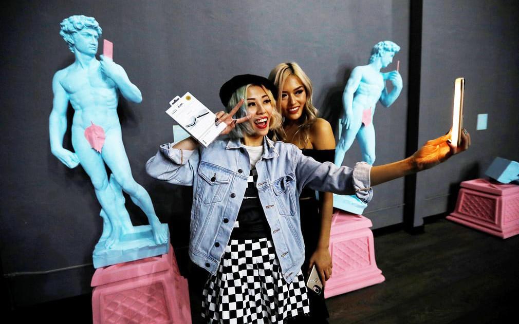 Thỏa sức 'selfie' tại Bảo tàng chụp ảnh 'tự sướng' California