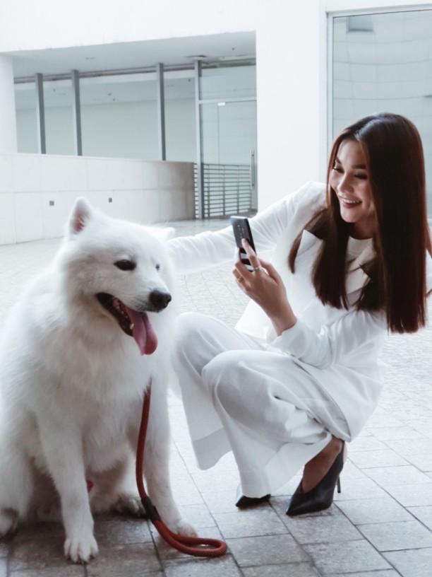 Galaxy S9+ tôn vinh khoảnh khắc đời thường đậm chất thời trang của Thanh Hằng - Ảnh 1.