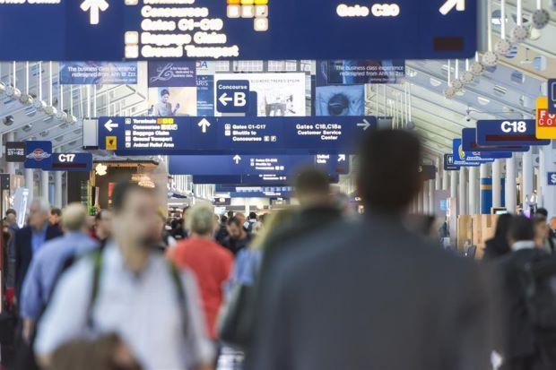 Đã có sân bay quốc tế kiểm tra hành khách bằng công nghệ sinh trắc học - Ảnh 1.