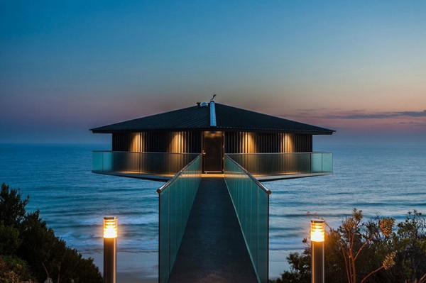 Ngôi nhà nghỉ dưỡng lơ lửng trên mặt biển ở Úc - Ảnh 2.