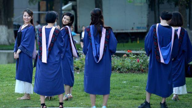 Gần 70% sinh viên đại học Trung Quốc bị quấy rối tình dục - Ảnh 1.