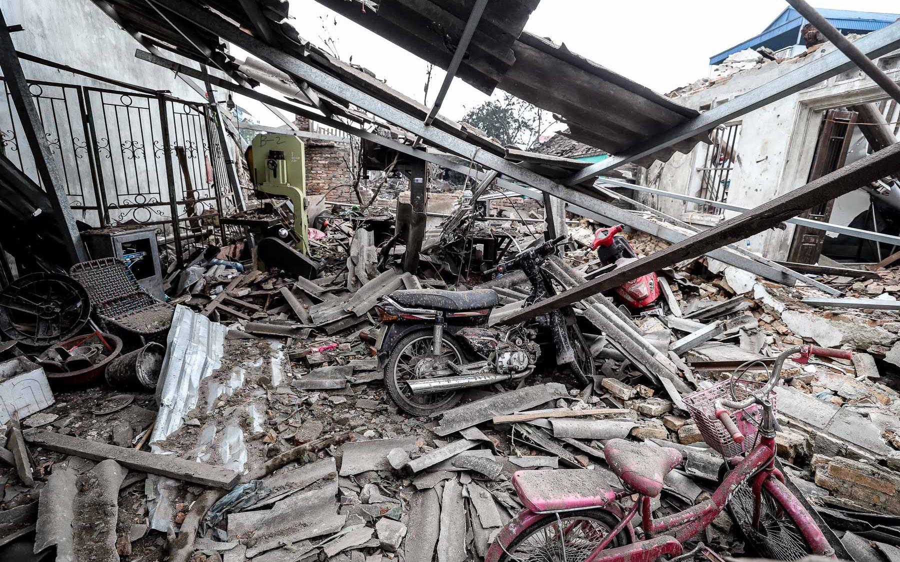 Hiện trường kinh hoàng vụ nổ kho phế liệu ở Bắc Ninh