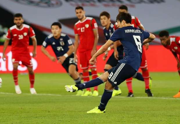 Nhật vào vòng 16 nhờ quả phạt đền gây tranh cãi - Ảnh 2.